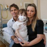 Torino, terapia senza precedenti salva la bimba con il cuore a metà