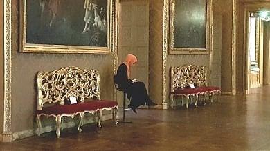 """Torino, l'orgoglio di Nabila: """"Io, custode a Palazzo Madama con l'hijab sopra la divisa"""""""
