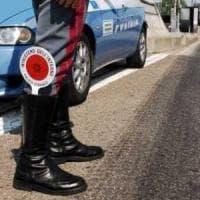 Alessandria, motociclista contromano in autostrada per raggiungere la fidanzata: