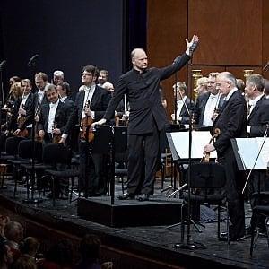 Torino, standing ovation per Noseda che inaugura Mito al Regio