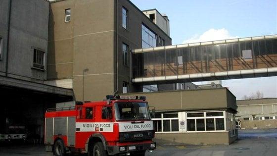 Torino: rogo nell'alloggio di un palazzo, una decina di persone in ospedale per controlli