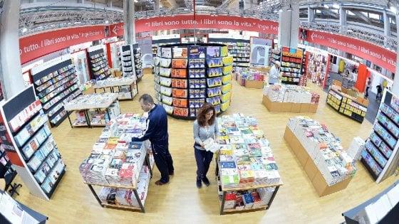 """Torino, il Salone del Libro """"concorrente"""" a Milano nell'aprile 2017"""