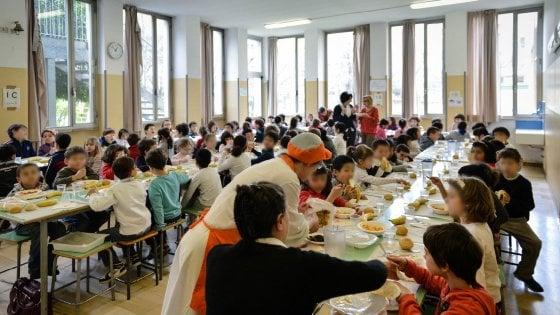 Torino, spazi divisi in mensa per il panino libero: l'ipotesi del Comune per i presidi