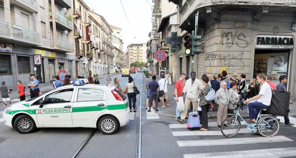 Torino, sgomberati tre palazzi per una fuga di gas
