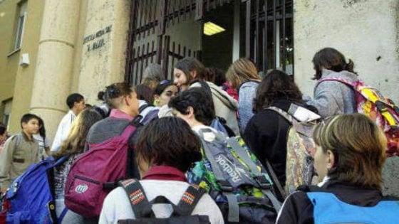Torino, scuole paritarie in crisi: maestre in fuga verso la pubblica