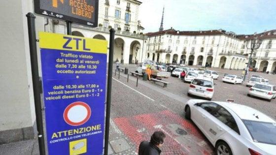 Torino, domenica senza auto nella ztl. Car sharing compreso