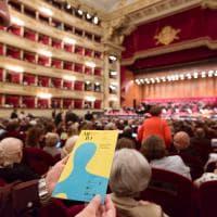 La prima volta del Regio alla Scala, 10 minuti di applausi