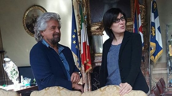 Torino, Grillo visita a sorpresa in Comune alla sindaca