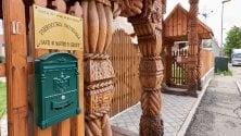 La chiesa degli ortodossi romeni: una meraviglia tutta di legno