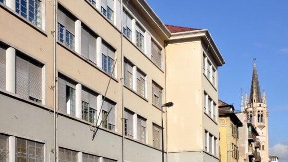 Torino: alcoltest oggi per i prof di un istituto, scoppia la polemica