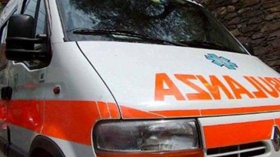 Cuneo, motociclista esce di strada e perde la vita