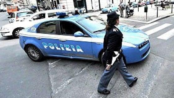 Torino, Digos indaga sull'ordigno spedito ad un'agenzia di viaggi vicino al municipio