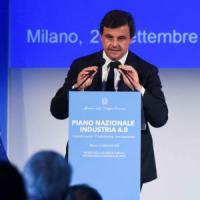 Torino, Renzi e Calenda spiegano agli imprenditori l'industria 4.0
