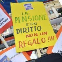 Torino, il tribunale rinvia alla Consulta il decreto che blocca le pensioni:
