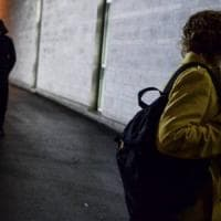 Torino, botte e minacce alla giovanissima ex: arrestato mentre cercare di