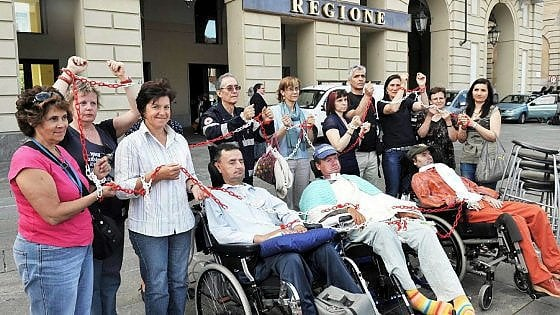 """Torino, licenziata con la sclerosi: """"tutto a norma di legge, ma le alternative c'erano"""""""