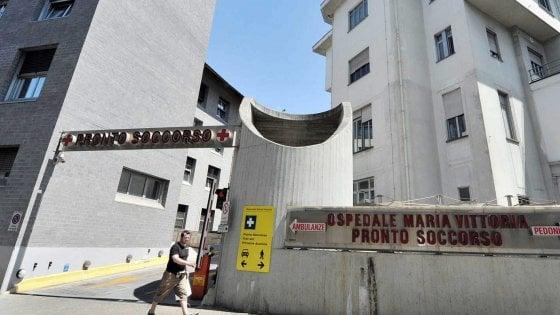Torino, puerpera in ospedale con un'emorragia, in un armadio il suo bimbo morto
