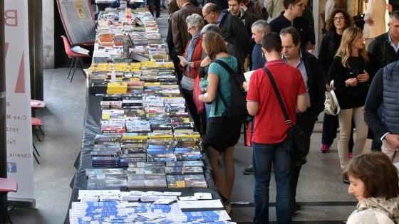 Portici di carta: due chilometri di libri nel centro di Torino