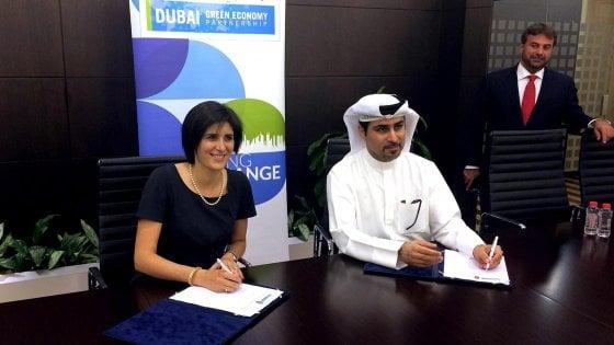 La sindaca di Torino firma a Dubai intesa su green economy
