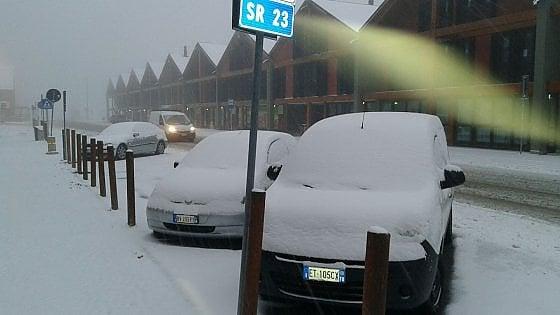 """Neve e rischio frane, """"allerta gialla"""" per 36 ore in tutto il Piemonte: chiusi il Tenda e il Moncenisio"""