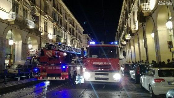 Torino, brucia appartamento in via Po. L'incendio forse causato da una candela