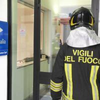 Equitalia nel mirino, buste con polvere sospetta in tutto il Nord Ovest: 10 in ospedale...