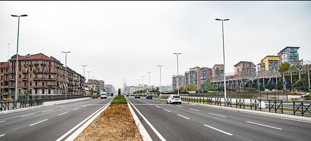 """Torino vecchia e quella nuova unite ma divise dalla """"autostrada urbana"""""""