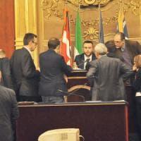 Torino fuori dall'Osservatorio Tav, la solidarietà del M5S ai condannati scatena la...