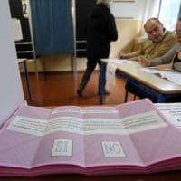 Borgaro, vota al referendum e fotografa la scheda ma il