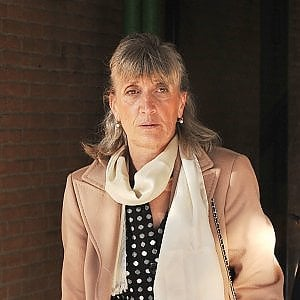 """Torino, al via il processo per la dottoressa che """"curava"""" il cancro con il metodo """"Hamer"""""""