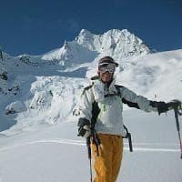 Torino, un'escursionista muore in un dirupo, gravi altri due amici