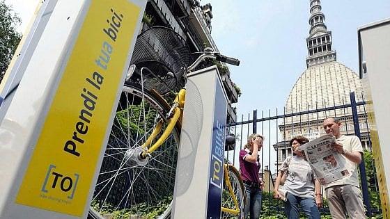 Torino, l'università lancia l'inchiesta sulla mobilità di 72mila tra studenti, prof e impiegati