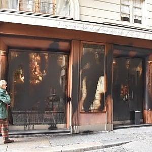 Attacco anarchico alla Lavazza; vernice nera su tutte le sedi dell'azienda a Torino
