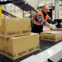Amazon, maxipolo logistico da 600 addetti per servire in giornata tutto