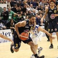 Basket, Fiat travolta a Sassari. E ora la Final Eight è in dubbio