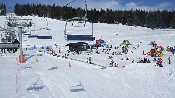 Cervinia, sulle piste da sci con il suv: denunciato un turista milanese