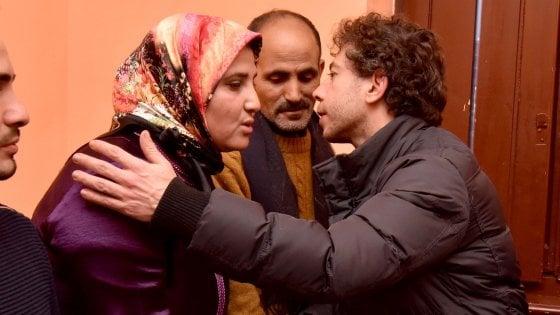 Psicosi terrorismo al cinema |  l' assessore Giusta alla famiglia marocchina |   Torino