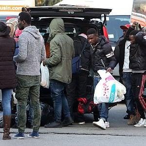 """Torino, il migrante alla """"pari"""": ecco il modello che piace al Viminale"""
