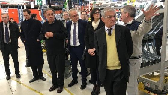 Torino, visita a sorpresa di Appendino e Chiamparino a Mirafiori con Elkann e Marchionne