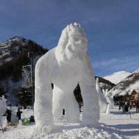 In Savoia squadre di mezzo mondo si sfidano per il migliore pupazzo di neve delle Alpi
