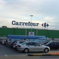 Carrefour chiude gli ipermercati di Trofarello e Borgomanero