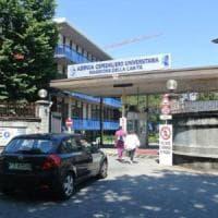 """Bimba di 5 anni muore di denutrizione a Novara. I medici: """"Completamente disidratata"""""""
