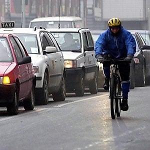 Torino, si può circolare con un diesel vietato se a bordo viaggiano almeno tre persone