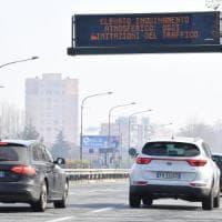 Torino, cala il traffico ma non lo smog . Stop  dgli Euro 4 diesel anche