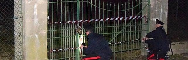 Biella, bimba di sette anni muore sotto gli occhi del padre: schiacciata dal pilastro di un cancello