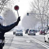 Smog, a Torino tutti contro il blocco dei diesel: