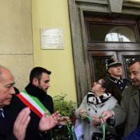 Torino, una targa in via Po ricorda 40 anni dopo Roberto Crescenzio