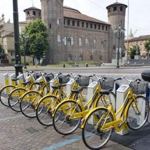 La mossa antismog di Torino: bici a noleggio a un euro per una settimana