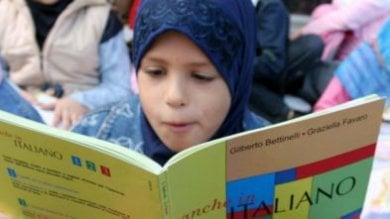 """""""Studenti stranieri in aule separate"""",  rivolta a Vercelli contro la provocazione"""
