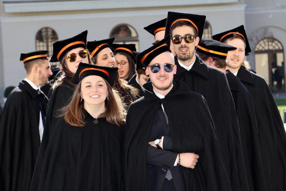 """Pollenzo, Emma Bonino ai """"dottori"""" in alimentazione: """"Non smettete mai di studiare"""""""